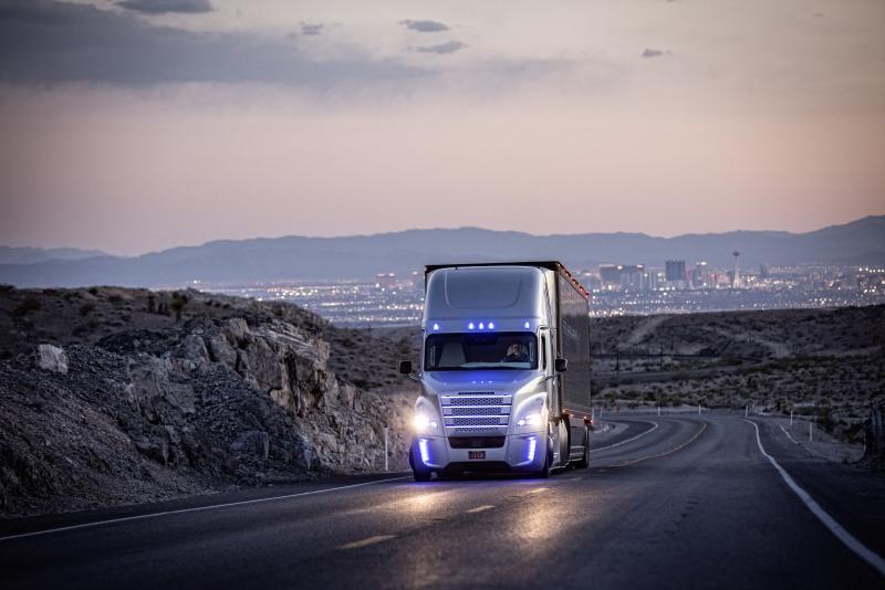 Camión Mercedes-Benz conducción autónoma