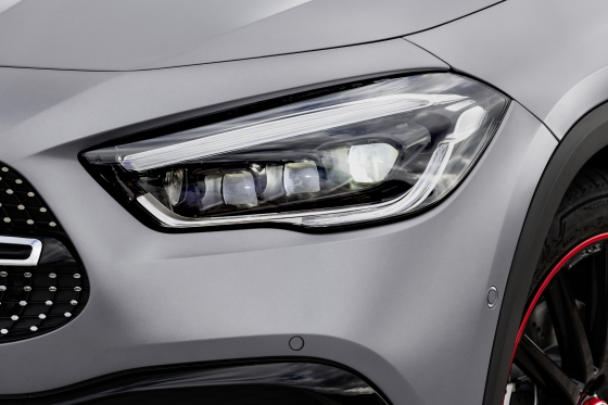 Nuevo Mercedes-Benz GLA: más carácter, más espacio, más seguridad 12
