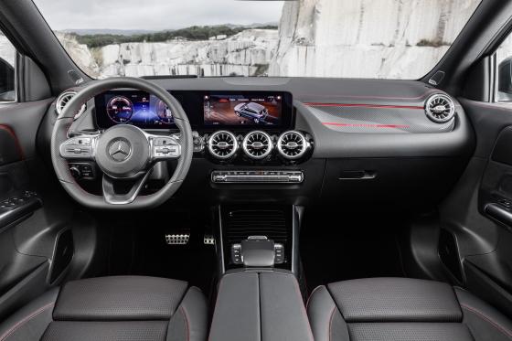 Nuevo Mercedes-Benz GLA: más carácter, más espacio, más seguridad 15